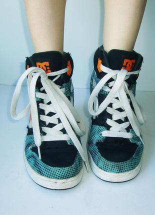 Оригинальные высокие скейтерские кроссовки dc