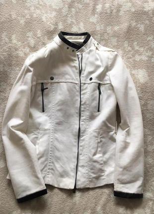 Белый жакет курточка