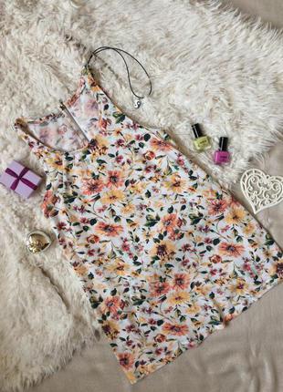 Легкая блузочка с цветочным принтом
