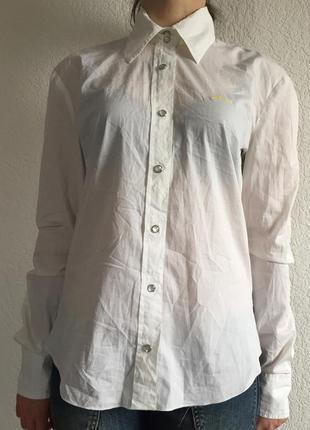 Красива біла рубашка) розмір m-l)