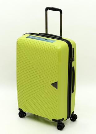 """Французский ударостойкий чемодан из полипропилена """"airtex new star"""" lemon"""
