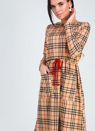 Платье свободного кроя из теплого трикотажа
