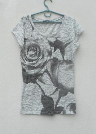 Трикотажная молодежная летняя футболка с принтом