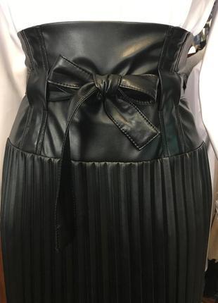 Кожаная юбка гофре