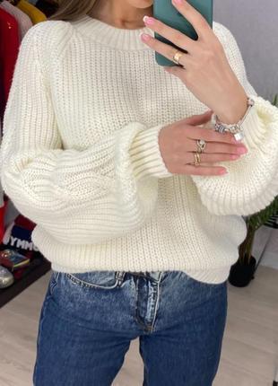 Нежный теплый свитер