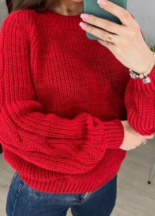 Вязаный теплый свитер