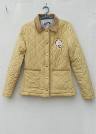 Легкая весеняя стеганая куртка на синтепоне молодежная