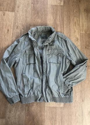 Котоновая куртка colin's