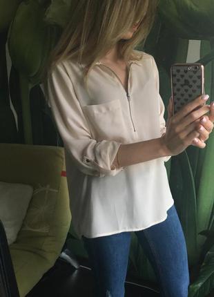 Бежевая блуза шифон