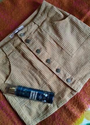 Красивая актуальная модная юбка от miss selfridge песочного цвета на пуговицах