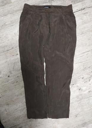 Шелковые брюки с защипами