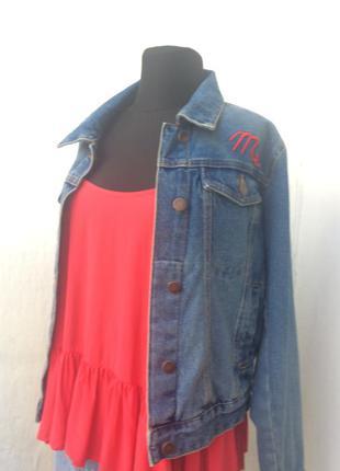 Стильная джинсовая ветровка куртка