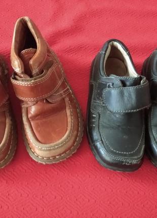 2 пары туфелек 26 р кожа