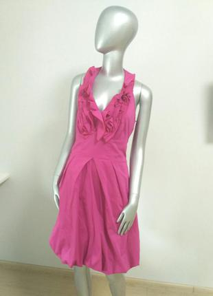 Платье -баллонмалинового цвета с жабо
