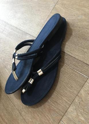Вьетнамки тапочки сандали шлёпанцы