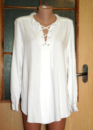 Блуза на шнуровке