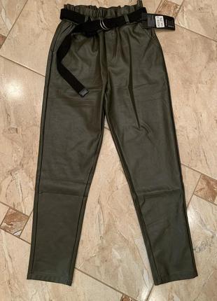 Брюки из эко-кожи, кожаные брюки слоучи, новые штаны кожаные
