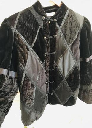 Чёрная курточка, ветровка, осенняя куртка