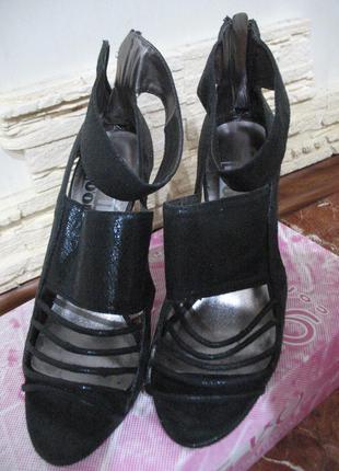 Супер босоножки на высоком каблуке. next. стелька 25 см