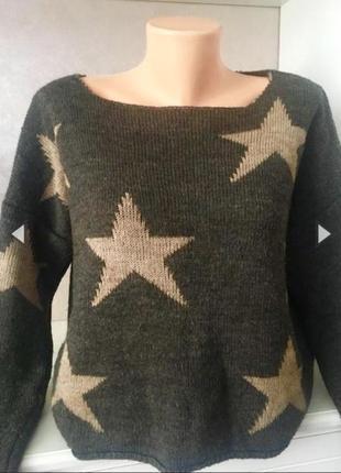 Трендовый свитер в принт «звёзды» италия