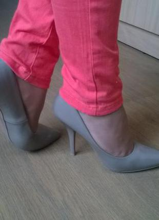 Стильные туфли от centro