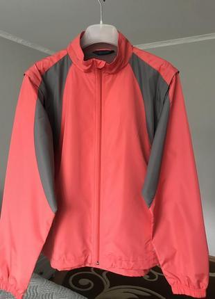 Спортивна куртка,безрукавка
