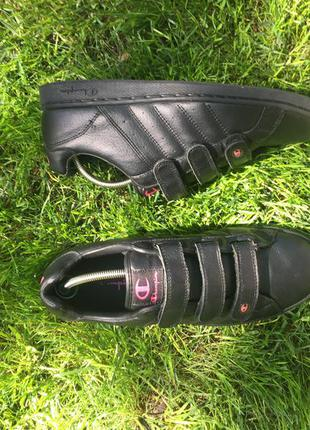 Оригинальные кожаные кроссовки champion