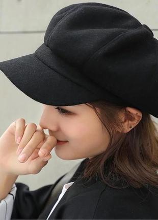 Чёрная замшевая кепи / зимняя кепка