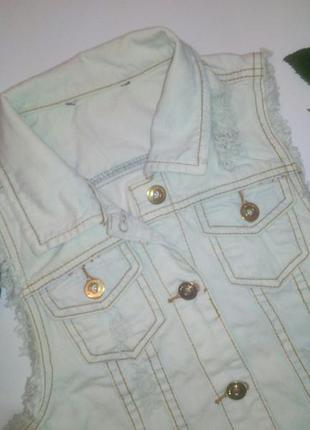 Крутая актуальная джинсовая жилетка tally weijl