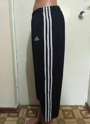 Спортивные бриджи adidas размер м