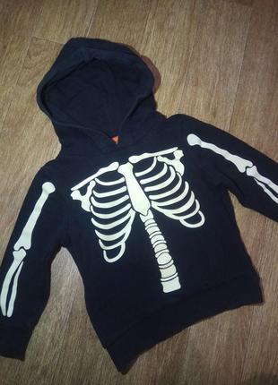 Фирменный свитшот худи с капюшоном скелет светится в темноте на рост 98