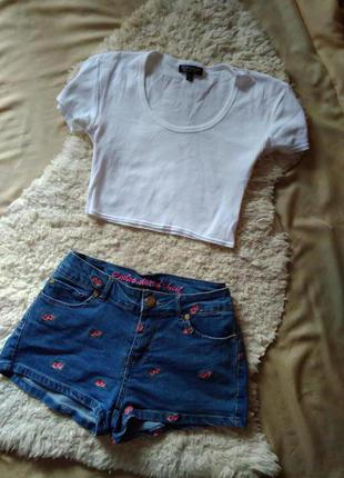 Тренд!!!джинсовые шорты,цветочная вышивка,принn от denim co,bershka,zara,gap