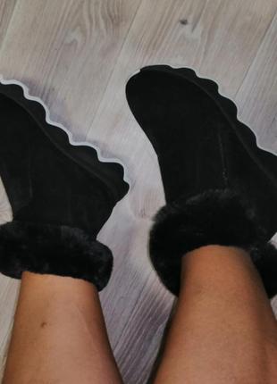 Ботинки с натуральной замши.
