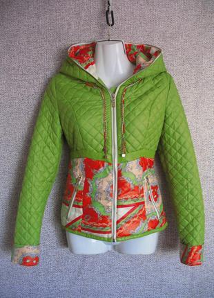 Женская деми куртка размер s