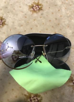 Очки с футляром