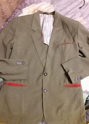 Эксклюзивный коллекционный пиджак ,производство франция