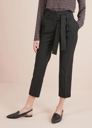 Зауженые укороченные брюки с защипами с поясом next p xs