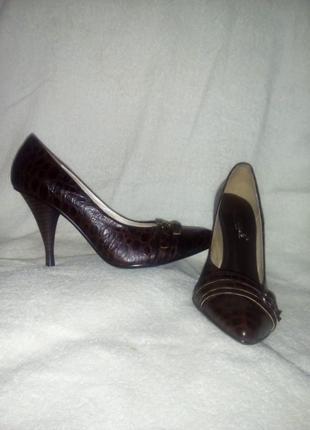 Туфли женские. кожа. 37 разм