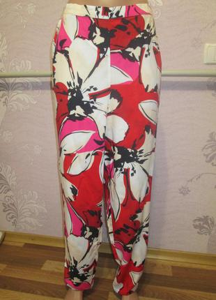 F&f, летние брюки с цветочным принтом. uk 18 euro 46 наш 52-54 новые.