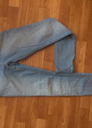 Очень крутые джинси скини cropp town