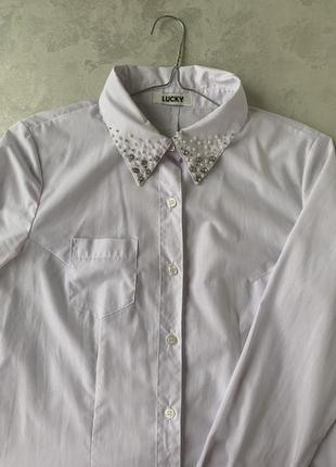 Рубашка с расшитым воротником