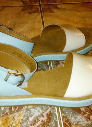 Новые классные сандалии clarks romantic moon 38 размера