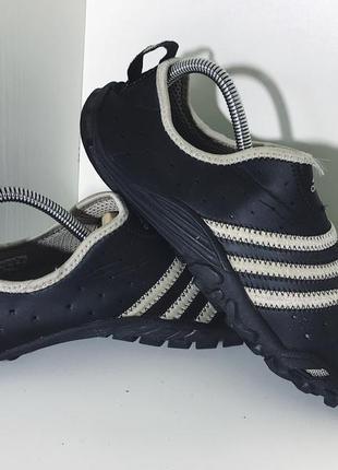 Мужские аквашузы adidas ( адидас 44рр 28,5см идеал оригинал черно-белые)