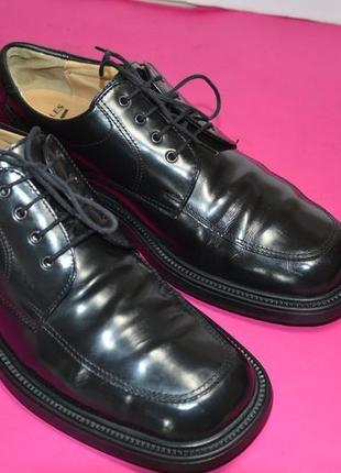 Мужские  кожаные  туфли  yellomiles