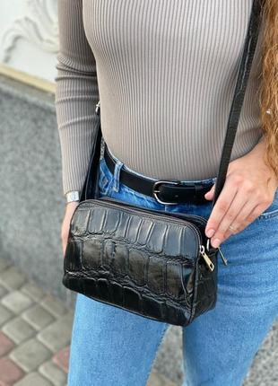 Итальянская женская кожаная сумка через плечо с выделкой под крокодила vera pelle