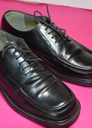 Мужские  кожаные  туфли  canda (italy)