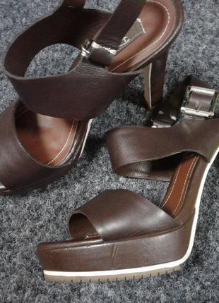 Кожаные босоножки respect цвет - коричневый