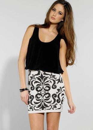 Шикарное дизайнерское платье lipsy 48-50