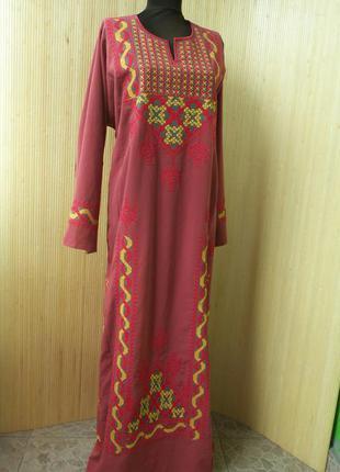 Платье в этно стиле с роскошной вышивкой