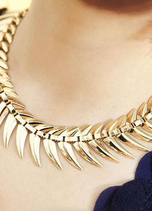 Оригинальное ожерелье на шею
